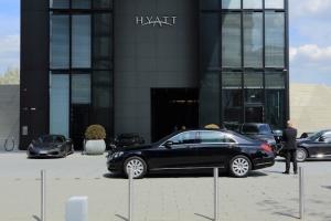 Chauffeur Perth Hyatt